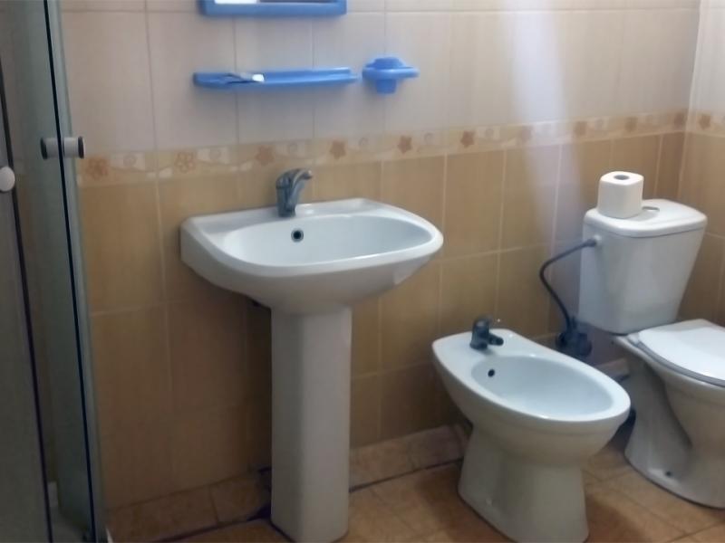 Hotel shinok lux restroom uman